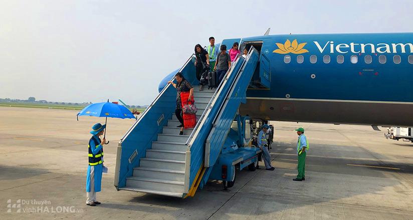 Landing Hanoi Airport