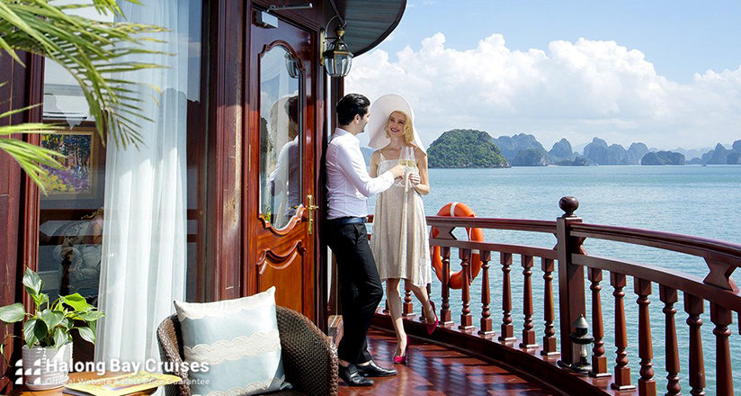 Honeymoon on Halong Bay Cruises